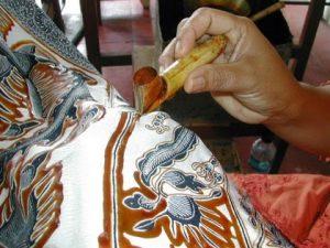 batik and hand weaving